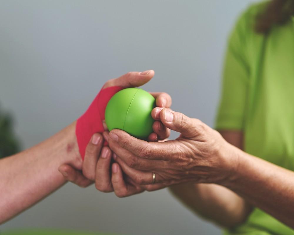 Handtherapie bei Therapy4U in Kempten (Allgäu), Durach & Füssen